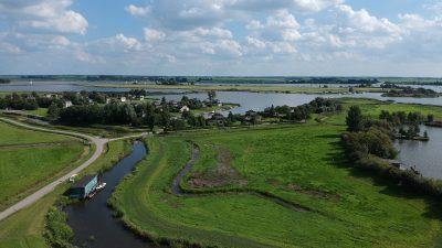 luchtfoto friesland grou